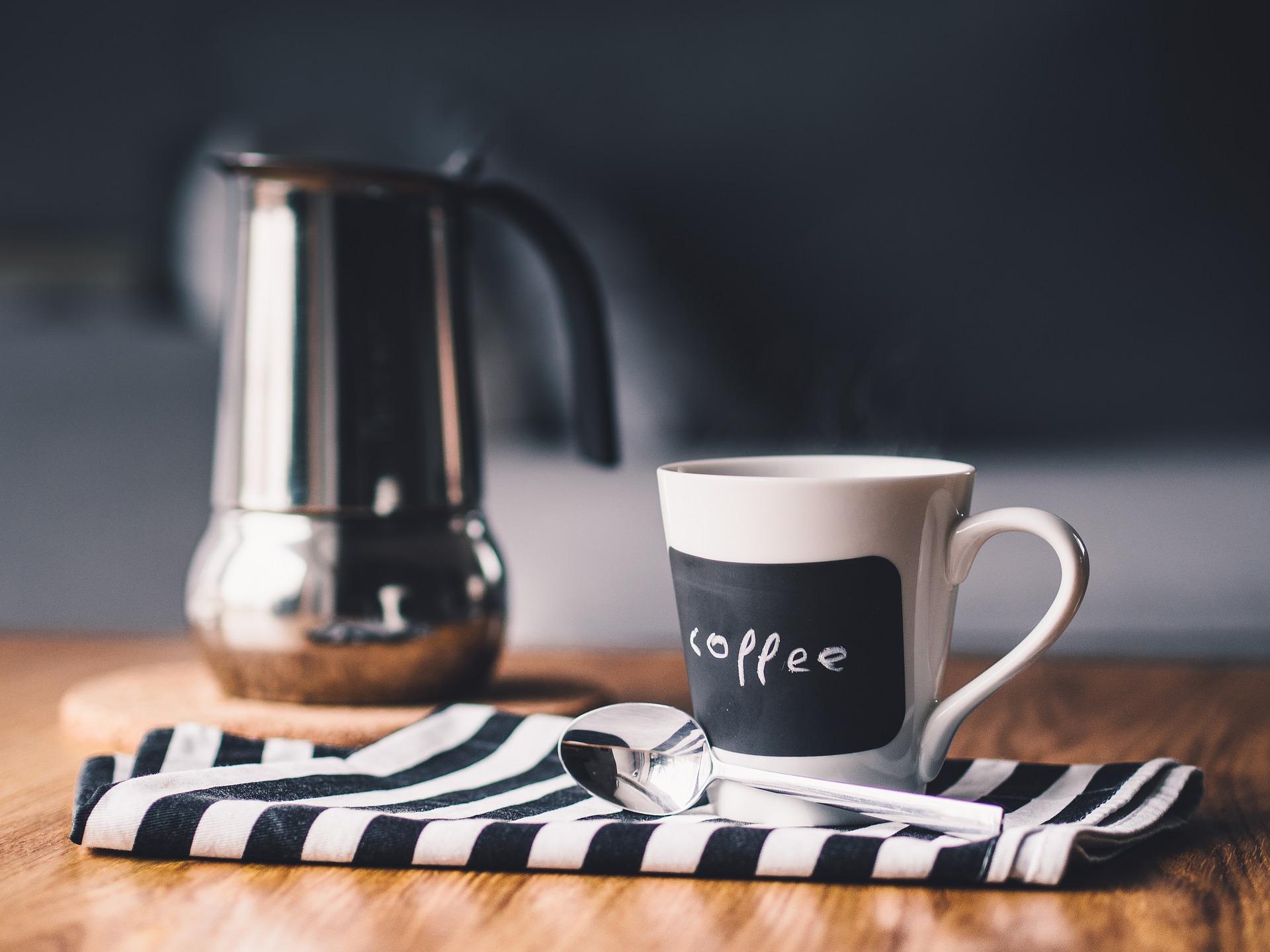 Découvrez le Mug en céramique, un produit publicitaire réutilisable