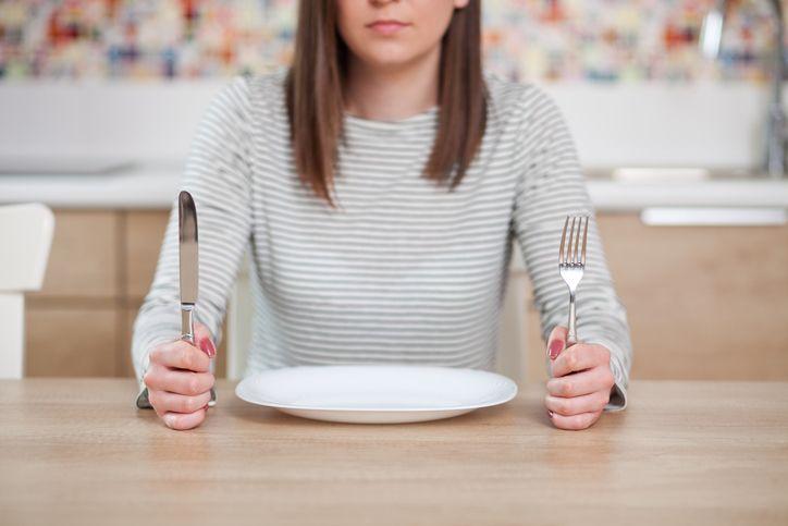 Manger moins de sucre grâce à l'hypnose, c'est possible ?
